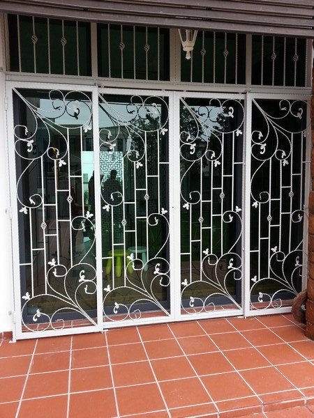 door-and-window-stainless-steel-gate-2015-11-e1448674837849